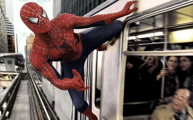 En efecto, Spiderman puede parar un tren descontrolado