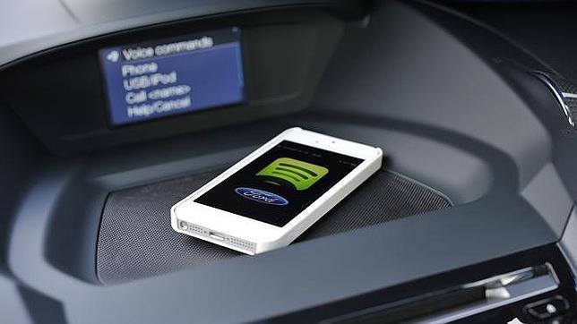 MWC: Ford llevará Spotify y otras apps a bordo de sus coches conectados