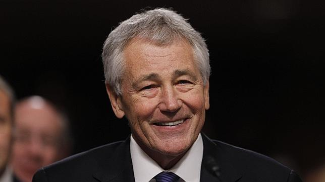 Chuck Hagel, un republicano moderado, nuevo secretario de Defensa de Obama
