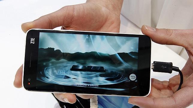 MWC: Los móviles más grandes y rápidos marcarán tendencia