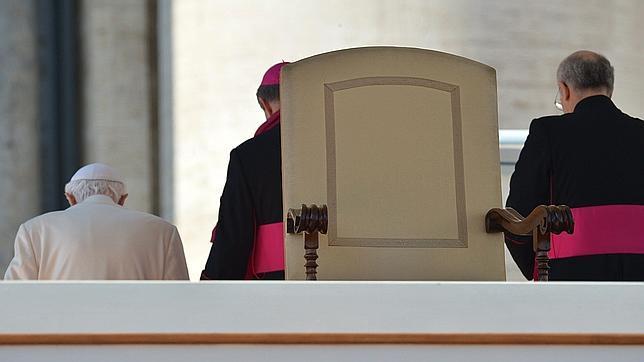Un cardenal alemán avisa de que el Cónclave será largo