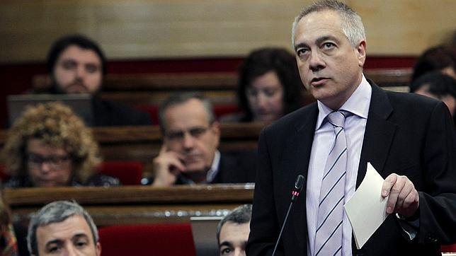 El PSC midió el daño a Rubalcaba pero decidió «por unanimidad» desobedecerle