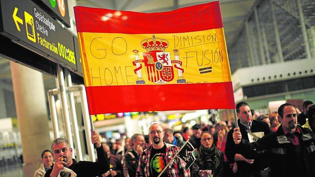 Iberia rebajará los salarios un 11% a partir del 15 de marzo
