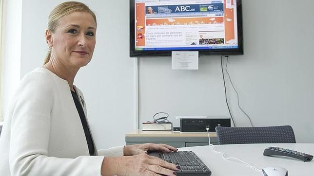 Cristina cifuentes no comparte las declaraciones del for Declaraciones del ministro del interior