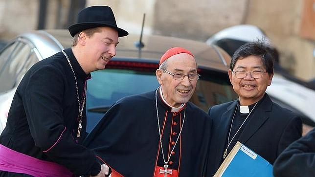 Ralph Napierski, el falso obispo que se coló en el Vaticano