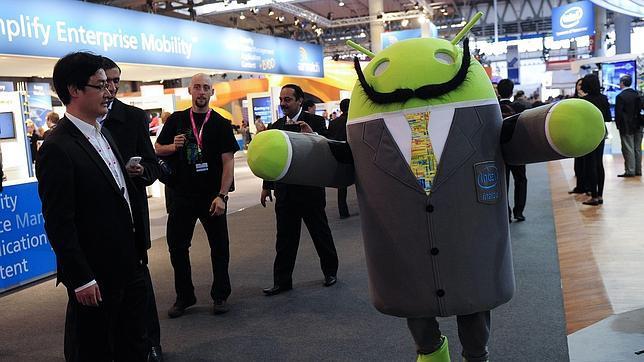Android líderara las descargas de aplicaciones móviles en el 2013 Mascota-android--644x362