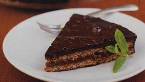 Ikea retira sus tartas de chocolate con almendras por contener bacterias fecales