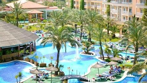 Experiencias de viajes los diez mejores hoteles de espa a for Hoteles para familias en la playa