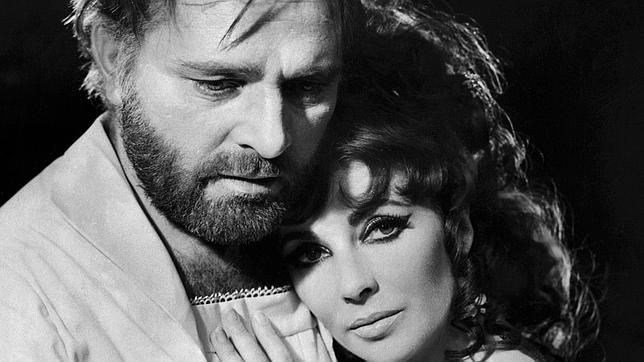 Los actores Burton y Taylor en la película «Doctor Fausto» (febrero de 1966)