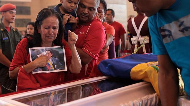Esteve Ferrándiz, tanatopractor: «El embalsamamiento es lo que hacían los egipcios, no corresponde a nuestros tiempos»