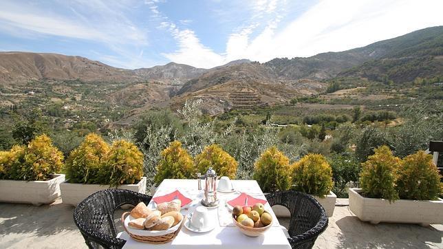 Los diez mejores hoteles espa oles con ventanas a la for Hotel rural lujo madrid