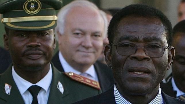 http://www.abc.es/Media/201303/25/moratinos-obiang-afp--644x362.jpg