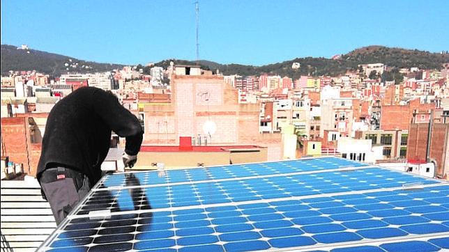 Schindler instala en Barcelona el primer ascensor solar del mundo
