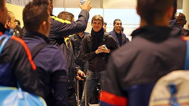 Tito vilanova encabeza el viaje del barcelona a par s for Viaje paris barcelona