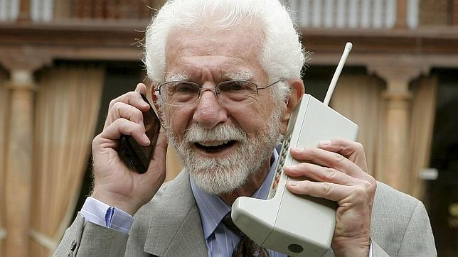 Hace 40 años Martin Cooper hizo la primera llamada desde un móvil
