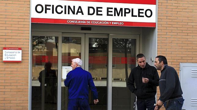 La seguridad social suma afiliados en marzo tras for Oficina seguridad social