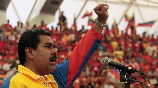 El chavismo repartirá 20.000 vehículos entre militares para comprar su voto
