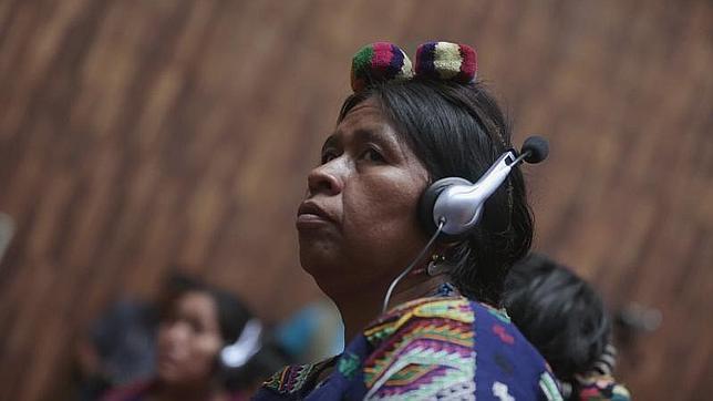 Indígenas que fueron violadas testifican en el juicio por genocidio en Guatemala