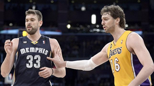 Los Lakers dan un paso más hacia las eliminatorias por el título