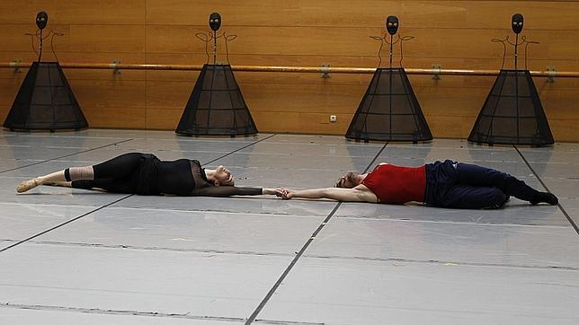 La Compañía Nacional de Danza comienza su historia de amor con «Romeo y Julieta»
