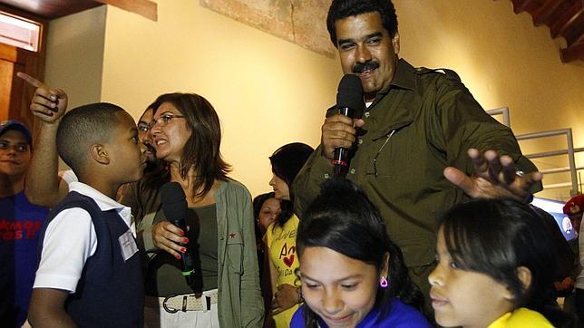 Maduro dice que Chávez se apareció en forma de «pajarito chiquitico» y lo bendijo