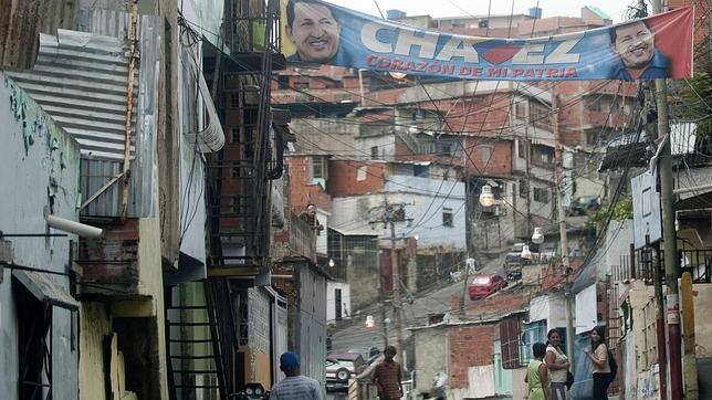 La pobreza en Venezuela alcanzó a 48,4% de los hogares en 2014