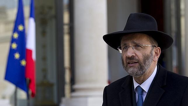 Dimite el Gran Rabino de Francia tras reconocer que plagió textos de varios autores