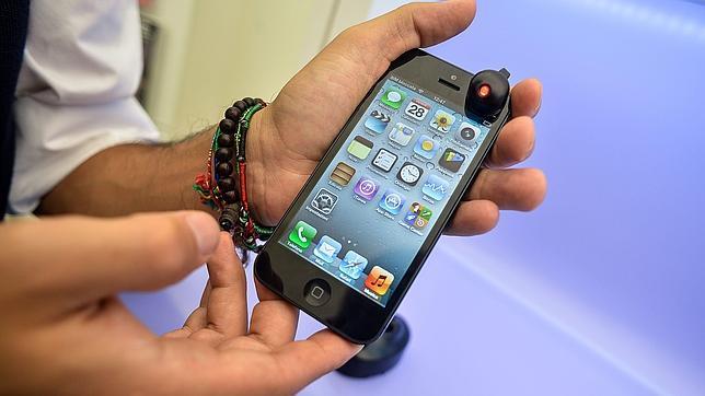 Cuidado con tu móvil de 600 euros: la pornografía es peligrosa para los «smartphones»