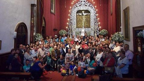 Desde El Tanque, 190 fieles peregrinan al Santuario del Cristo de La Laguna