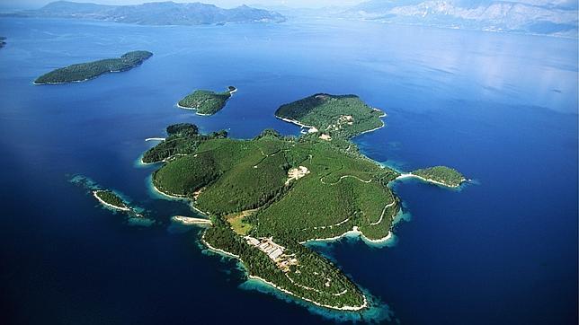 La hija de un millonario ruso compra una isla griega que perteneció a Onassis