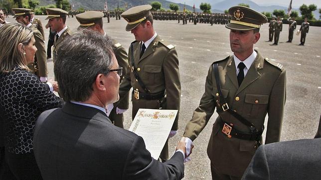 Un fundador de CDC y exjefe de los Mossos diseña el «futuro» Ejército de Cataluña