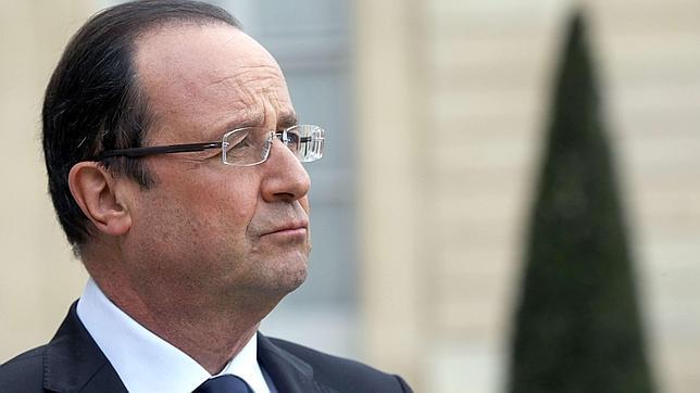 Hollande bate el récord de impopularidad de un presidente francés