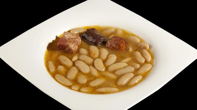 La fabada de «Casa Gerardo», en el plato