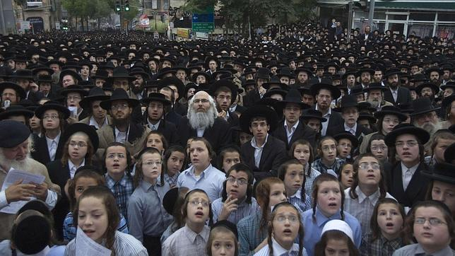 Israel dará a elegir a los ultraortodoxos entre las matemáticas o las subvenciones