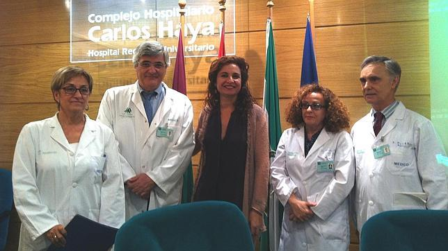 Primer triple trasplante cruzado de riñón sin donante altruista