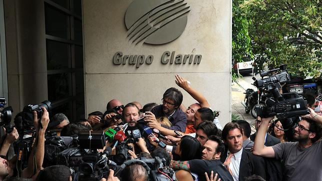 Altos cargos del Gobierno argentino acusan al grupo Clarín de crímenes de lesa humanidad
