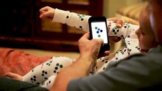 Unos pijamas inteligentes eligen el cuento para los niños antes de dormir