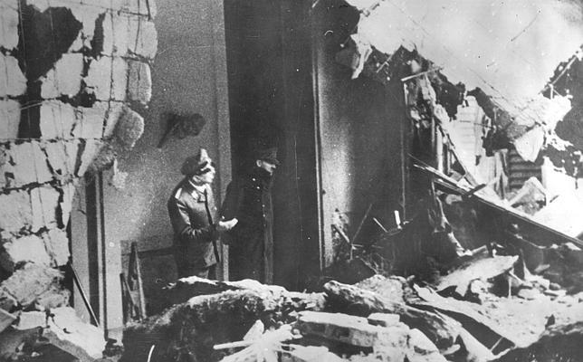 Imágenes inéditas del búnker donde Adolf Hitler se suicidó