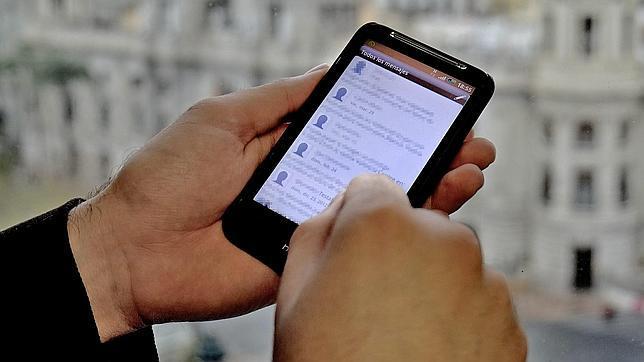WhatsApp «mata» al SMS y amenaza ahora a Facebook