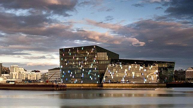 el nuevo auditorio harpa de reikiavik gana el premio mies van der rohe