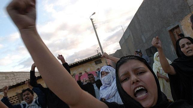 Los disturbios se multiplican en El Aaiún tras la renovación del mandato de la ONU