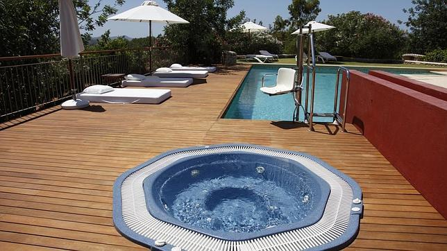 15 hoteles con encanto tambi n para clientes con for Hoteles para 5 personas