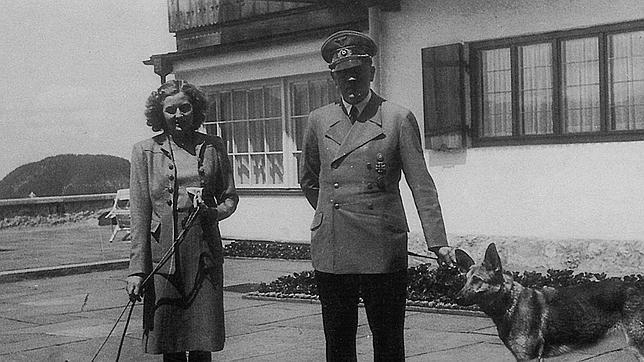 Hitler y Eva, un amor sellado con cianuro