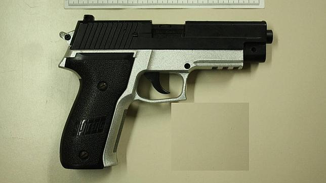 Un niño estadounidense de cinco años mata a su hermana de dos con su propio fusil «para niños»