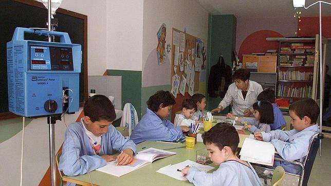 Navarra dará 396 euros a padres que pidan excedencias para cuidar de hijos enfermos