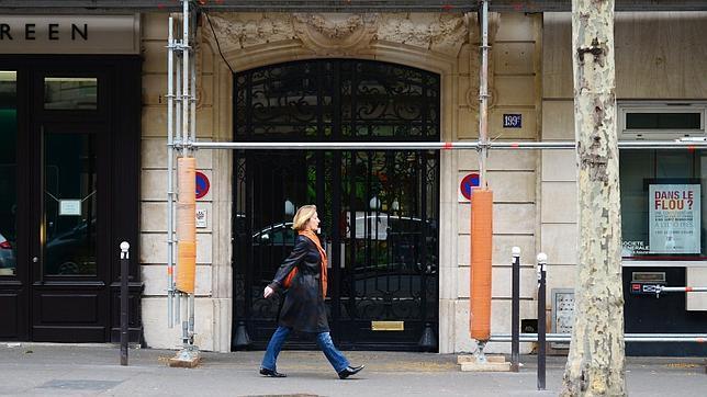 El nuevo «pisazo» del hijo del ministro de Asuntos Exteriores de Francia pone en jaque su reputación