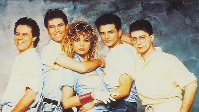 Juan Tarodo, el cuarto empezando por la izquierda, en una imagen de los años 80