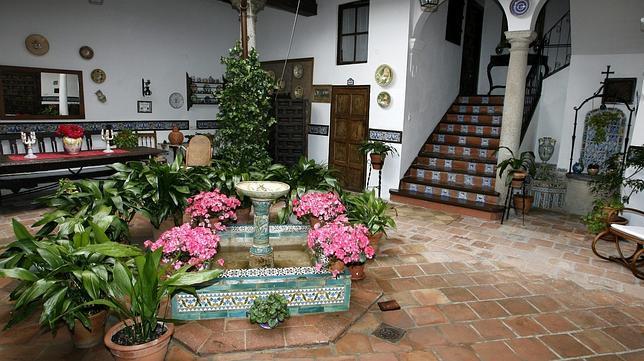 Tres culturas patios de toledo - Fuente para patio ...