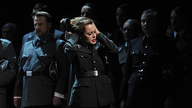 Cancelan el montaje de un «Tannhäuser» por mostrar crudas escenas del holocausto