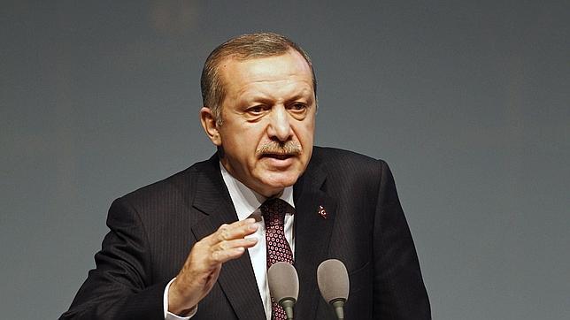 La nueva Constitución de Turquía autoriza el uso del velo para las funcionarias